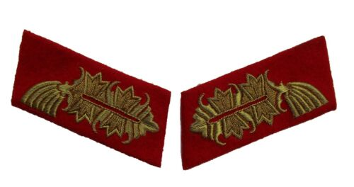 Hand embroidered gold wire on red German WW2 Army General collar tabs