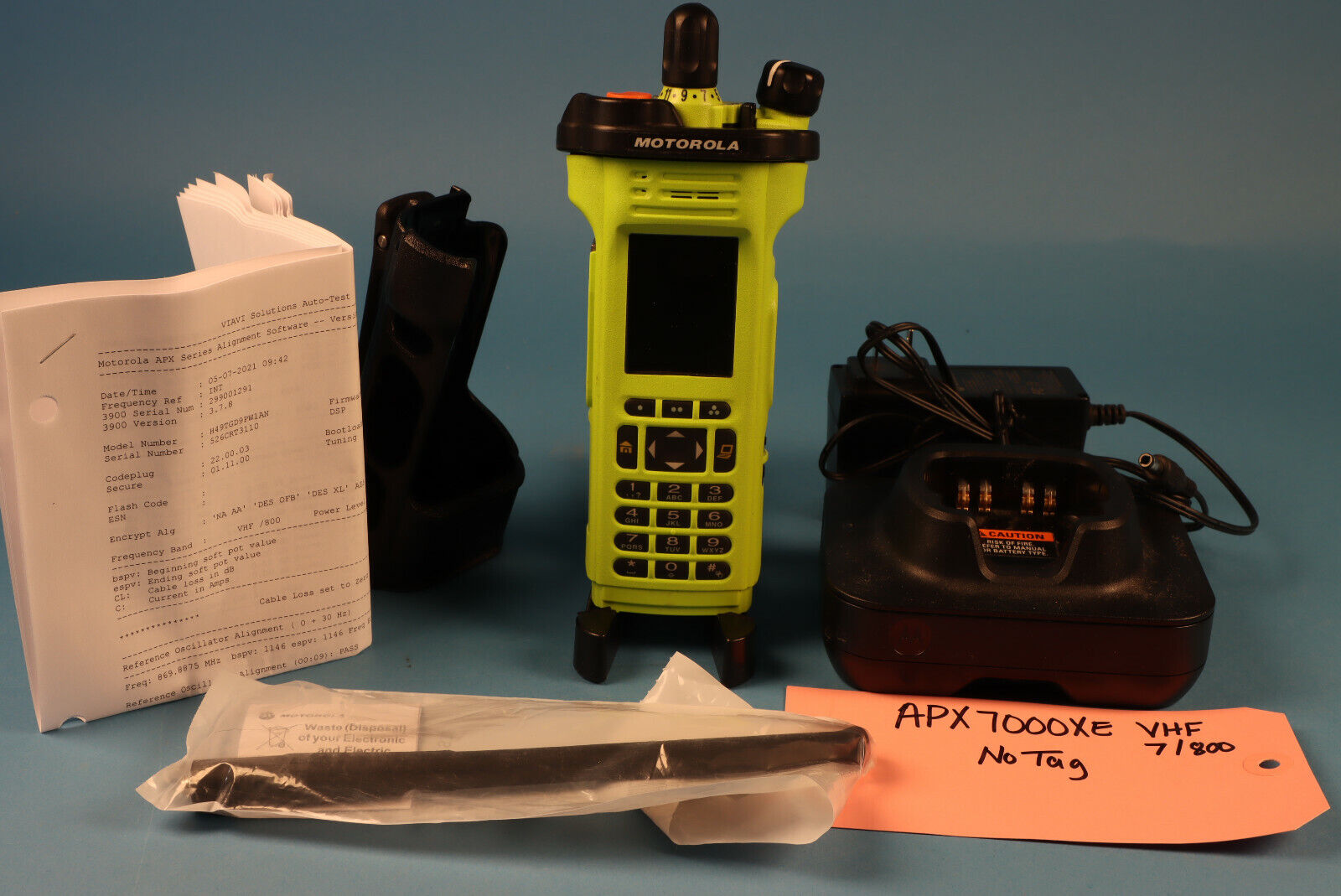 Motorola APX7000XE 700-800 / VHF FPP 5 Algo's w/antenna, charger Green *No Tag. Available Now for 2550.00