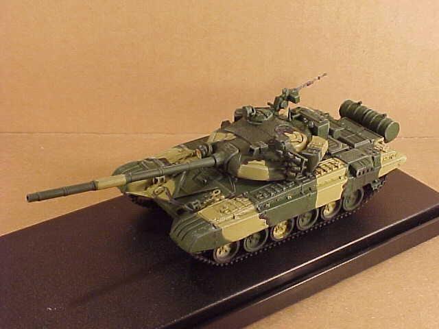 modellllerlerlOllict 35;AS72030  72 Pre -fabricato Esercito Sovietico T -72b