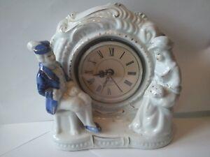 PORCELAINE-Pendule-COUPLE-600-gr-Superbe-Horloge