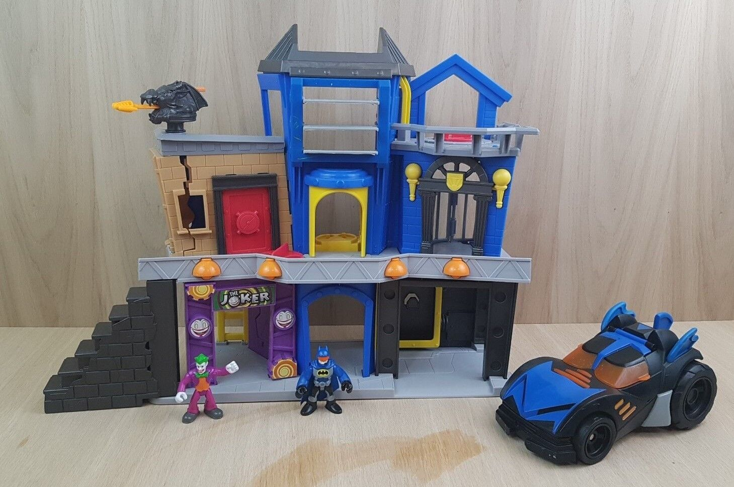 Imaginext Batman Gotham City & Batmobile bundle.