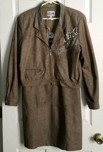 City Girl Sport Size 10 Olive Green 2-pc. Leopard