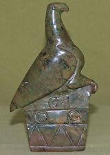 Steinschnitzerei - Adler mit Wappen und CZI aus grünem Stein