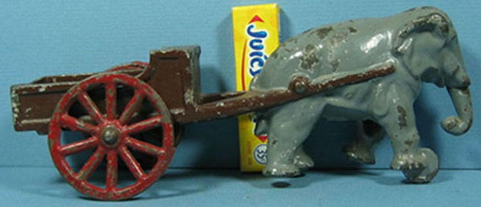 Hierro Fundido Viejo Orig Elefante tirar de un carro de juguete 7 1 2  En Venta & Nuevo Precio más Bajo