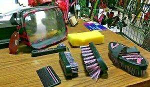 New Showman Brush Set Body/Dandy/Face Brushes Hoof Pick Comb Sponge Horse Tack