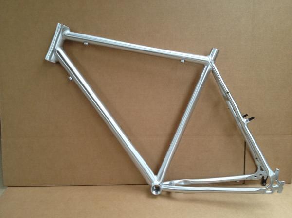 Trekking híbrido Commuter ciclocross 700c Marco de aleación 44 48 52 56 60cm disponible