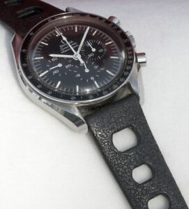 Black-rubber-20mm-Tropic-band-type-vintage-divers-watch-band-1960-70s-big-holes