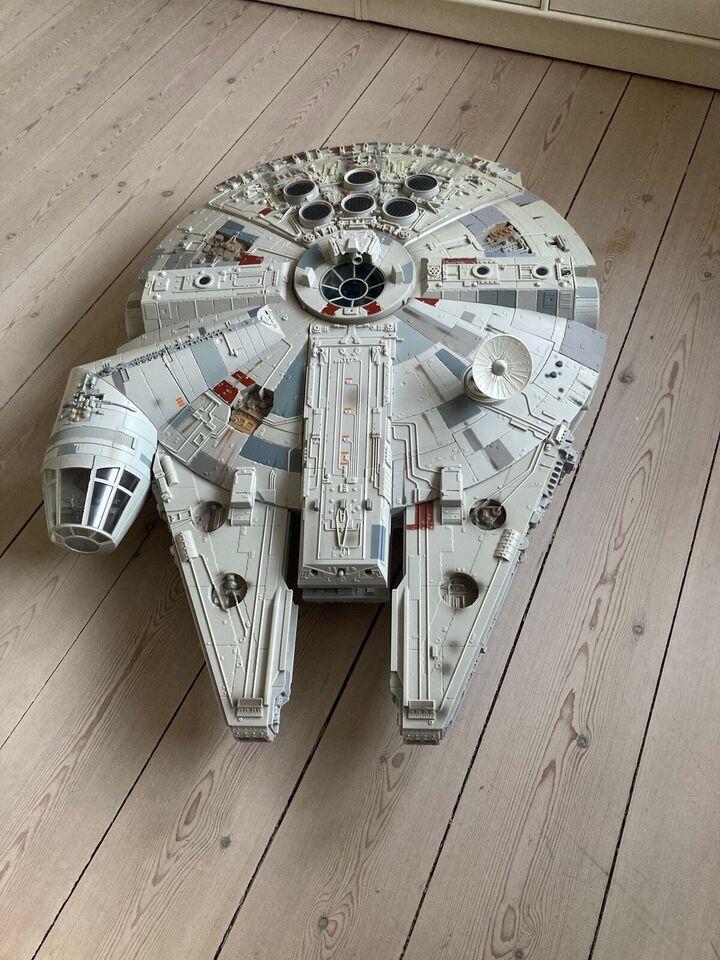 Star Wars Millennium Falcon The Legacy Collection , Hasbro
