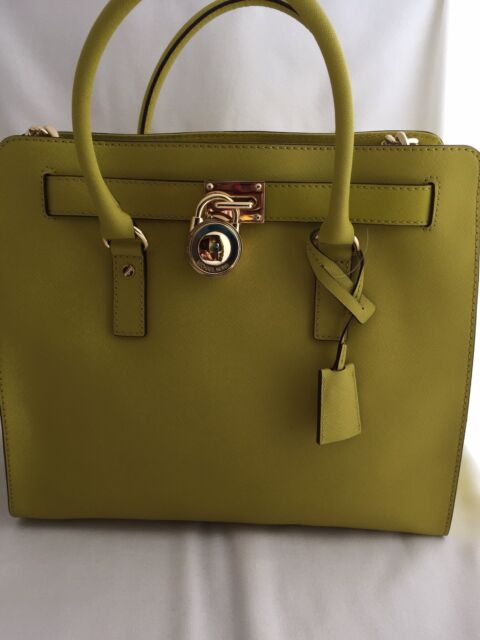 michael kors bag apple