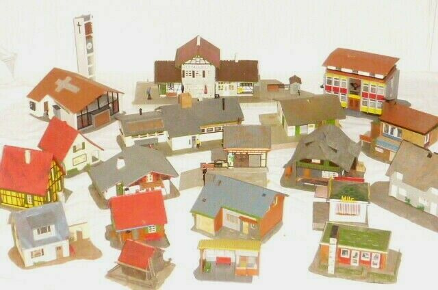 IN Set Model Railway H0 Train Houses Building Church FALLER Station