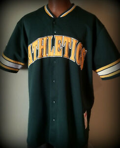 Oakland A S Stitches Athletic Gear Adult Xlarge Embroidered Button