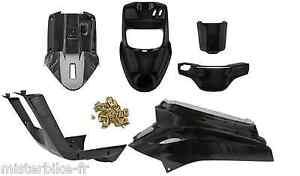 kit carrosserie complet pour booster apres 2004 booster. Black Bedroom Furniture Sets. Home Design Ideas