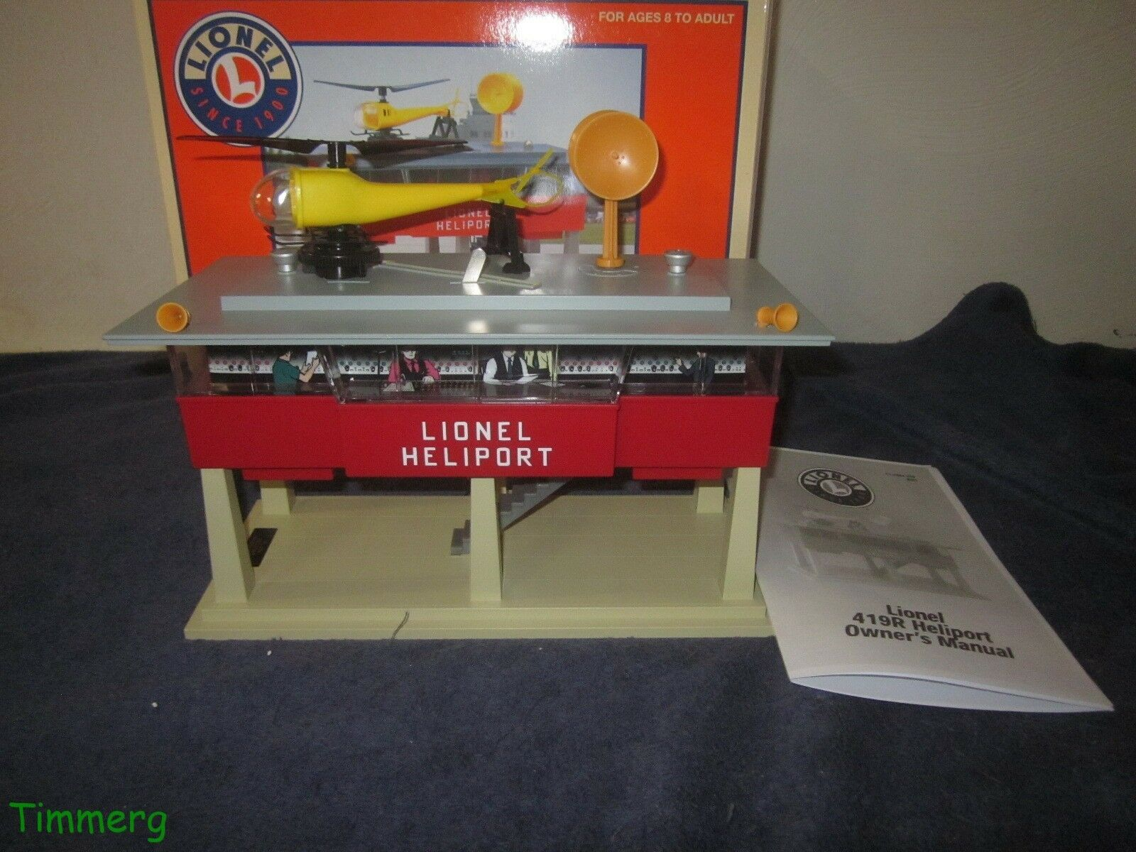 Lionel Trains 6-14084 419R Operating Heliport Accessory