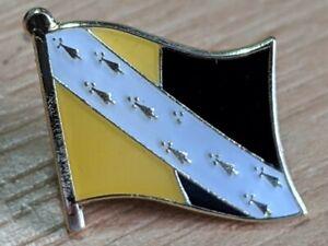 ** NORFOLK ** County Metal Lapel Pin Badge *NEW*