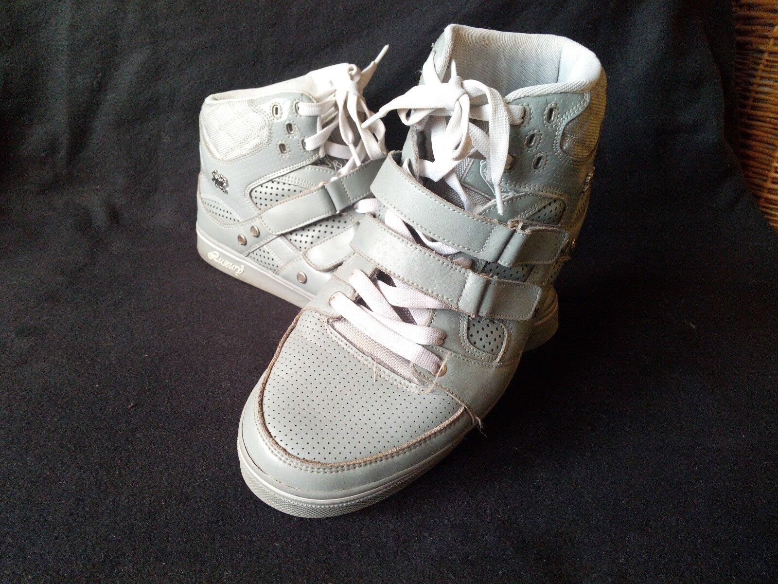 ORIGINAL LUXURY DESIGNER SNEAKER Np. 689  Top !