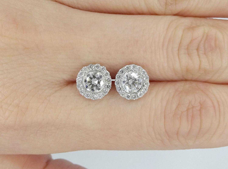 1.5ct Round Cut VVS1 Diamond Cluster Halo Stud Earrings 14k White gold Finish