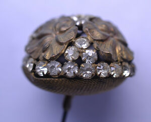 ANTIQUE-VICTORIAN-LARGE-DOME-HATPIN-WITH-RHINESTONES-amp-FOUR-BRASS-FLOWERS