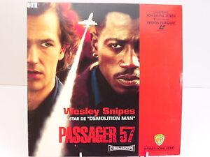 LASERDISC-PASSAGER-57-WESLEY-SNIPES