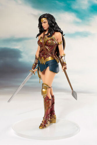 JUSTICE LEAGUE 1//10 Scale Pre-Painted Figure WONDER WOMAN ARTFX STATUE