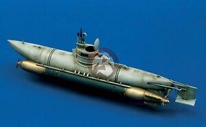German midget submarine