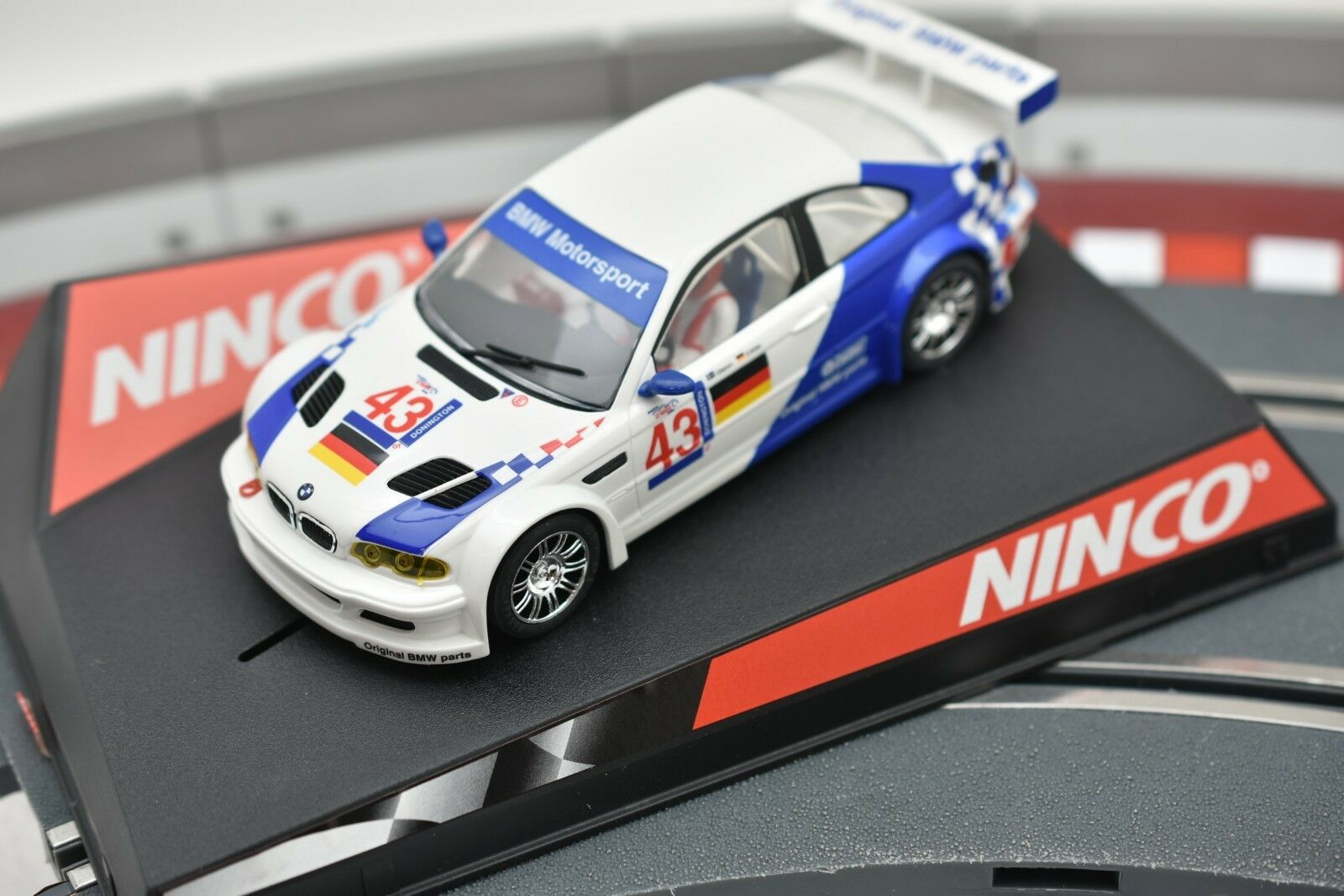50271 NINCO 1 32 SLOT CAR BMW M3 GTR  MOTORSPORT N