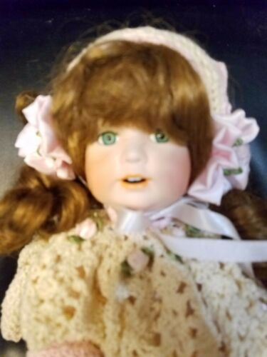 "!5"" Beautiful Porcelain Doll Molly by Pratricia Loveless 1995 520 of 2000"