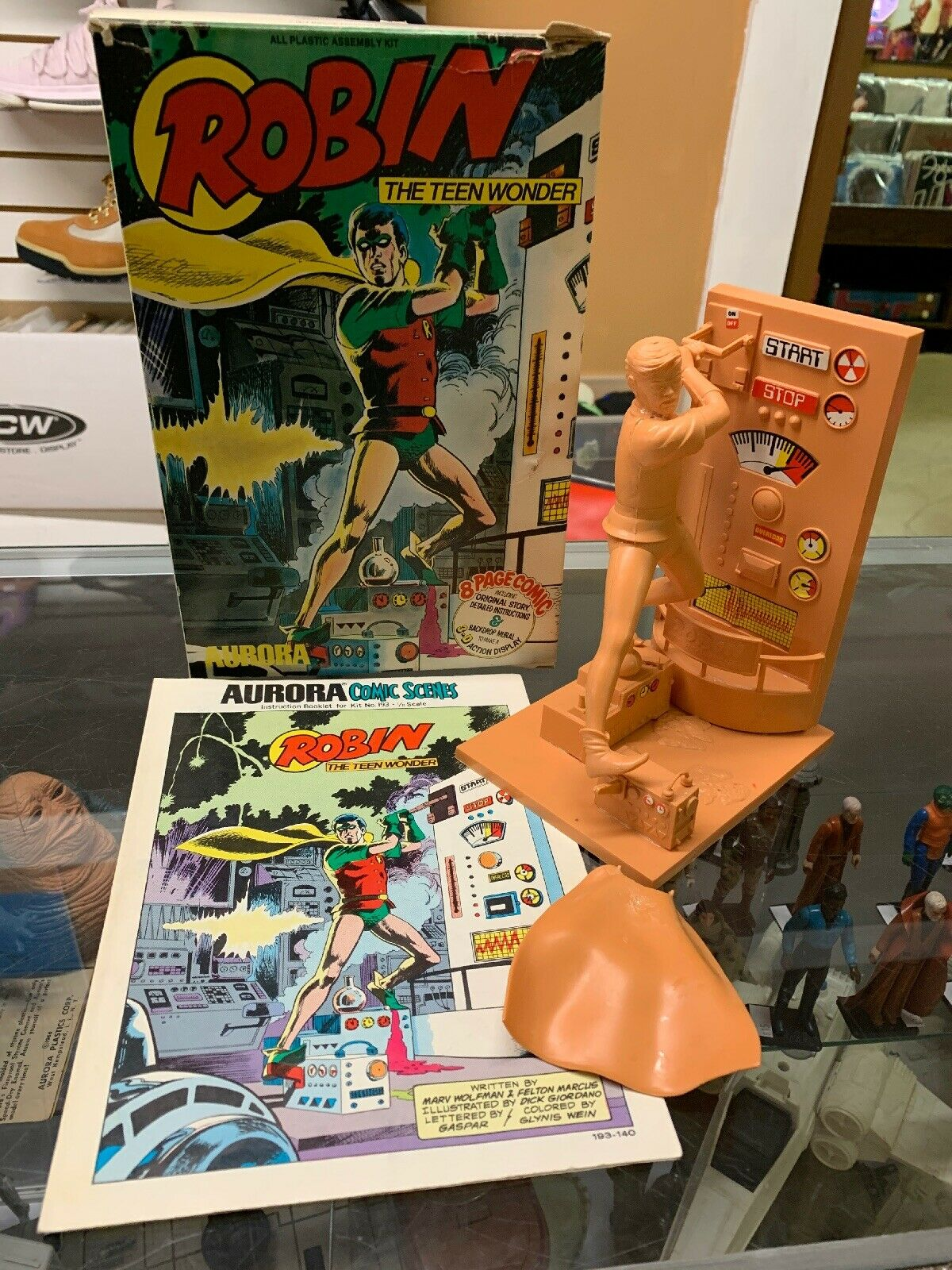 1966 Robin The Boy Wonder Model Kit Built Up Up Up by Aurora With Box Comic Super Nice 200