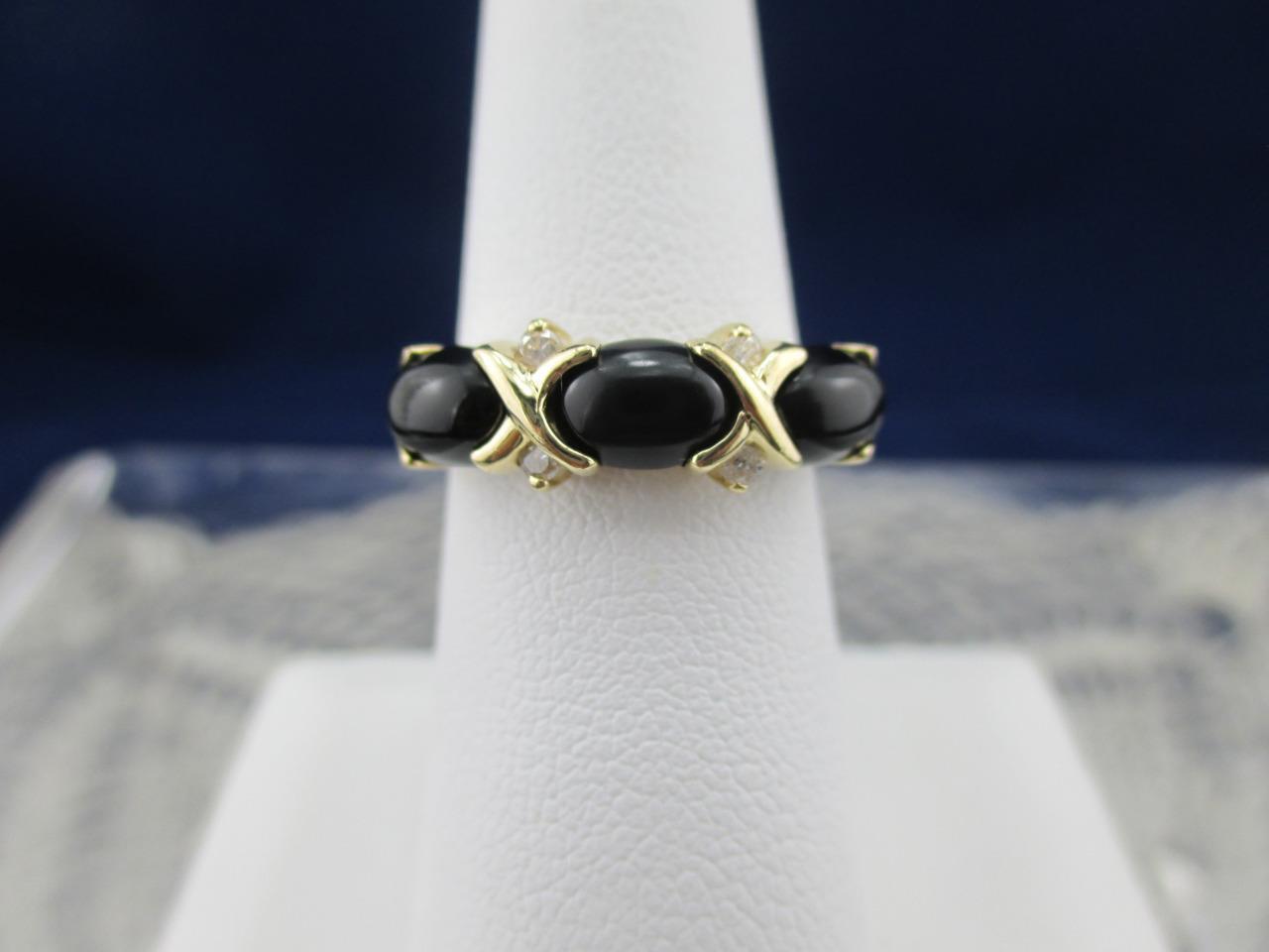 Retro Vintage Onyx XOXO Ladies Ring14k gold Accent DiamondsHugs Kisses