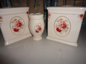 Waverly Vintage Rose Norfolk Red Cream Floral 3pc Tissue