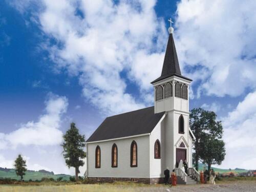 Spur H0 3655 NEU Bausatz Dorfkirche Kirche
