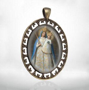 Vintage-Religious-Catholic-Virgin-Mary-Medal-Pendant-Our-Lady-Of-Loreto
