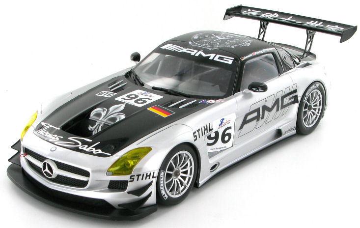MERCEDES SLS AMG GT3 #96 attività 6 ore 2011 1:18 (Minichamps BOX)