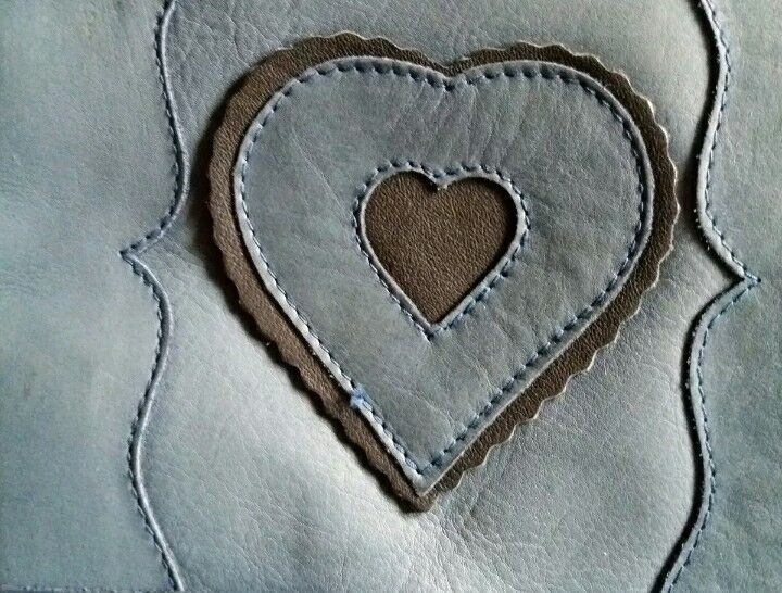 Ledertasche Trachtenstil Umhängetasche Trachtentasche Bayern Leder Rarität blau | | | Ich kann es nicht ablegen  | Perfekte Verarbeitung  | Gute Qualität  d13760