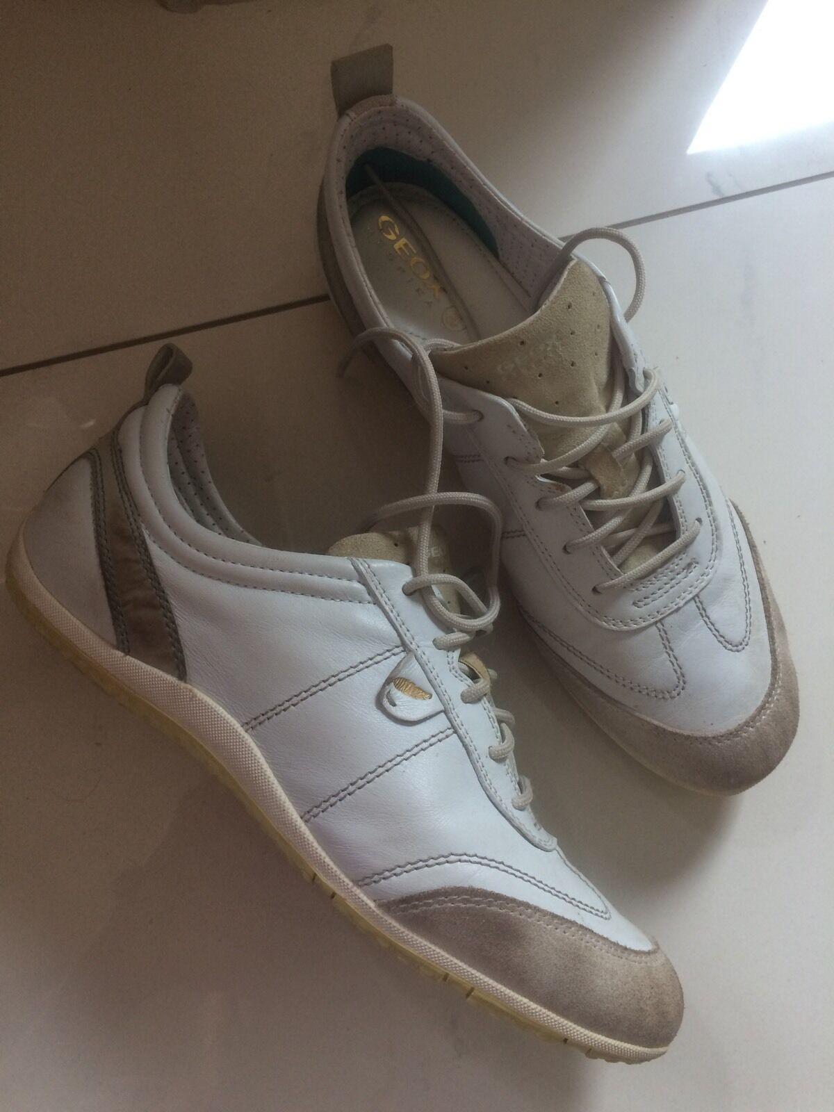Geox VEGA Damen Turnschuhe D3209A Weiß Beige, EU 39 Schuhe Halbschuhe