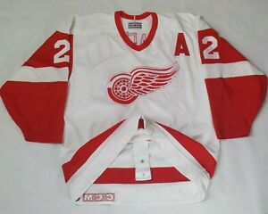 Image is loading Vintage-Dino-Ciccarelli-Detroit-Red-Wings-CCM-Jersey- ac32f80f71e