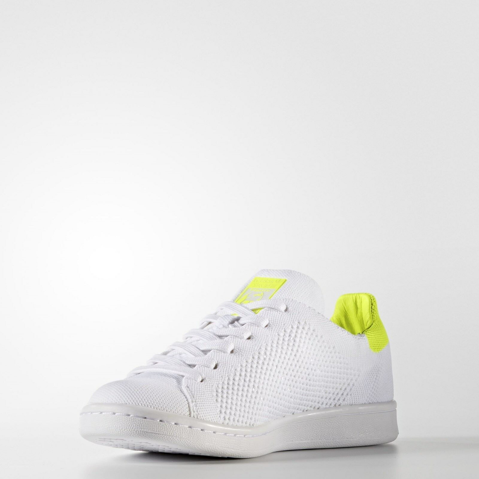 Adidas Originals Women's Stan Smith Primeknit shoes Size 5 us  BB5147