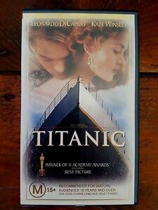 TITANIC-VHS-Video-Widescreen-1997-Leonardo-DiCaprio-Kate-Winslet-Great-cond