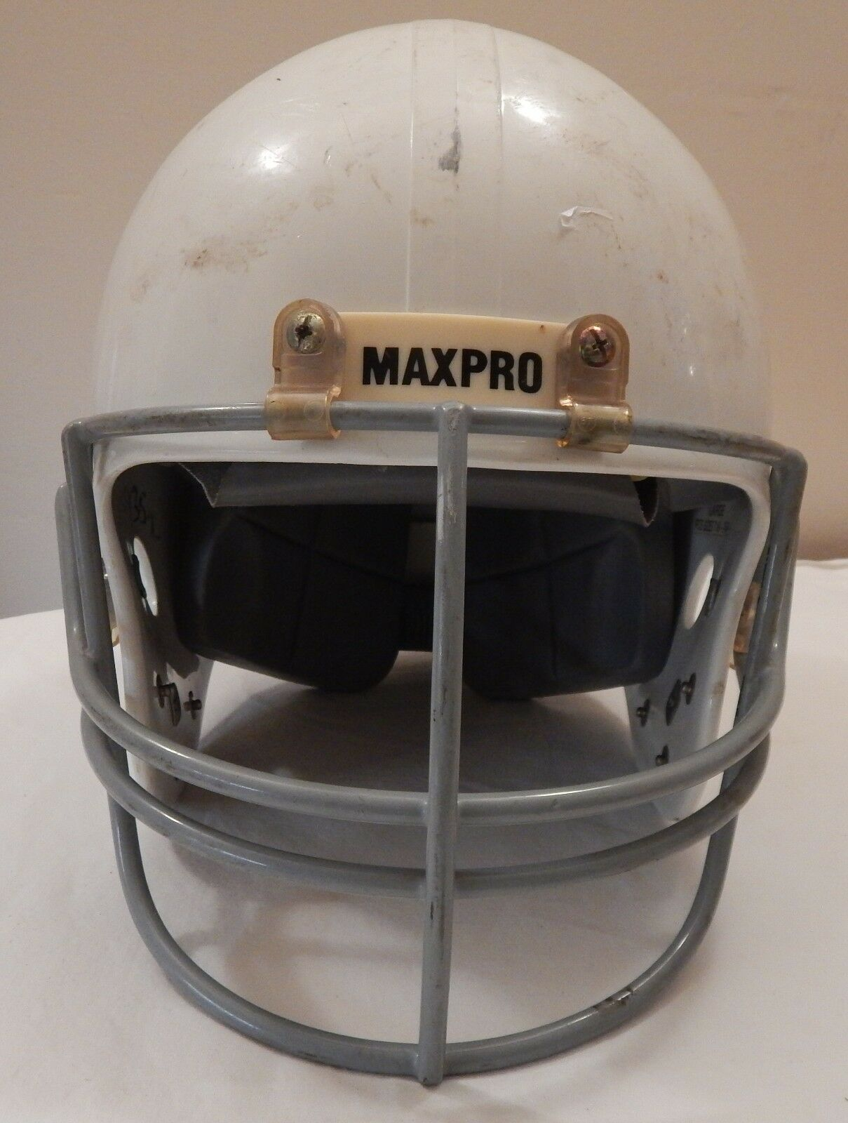 Vintage MAXPRO ALL AMERICAN Football Helmet Model 2001 WHITE SZ ADULT L USA MADE