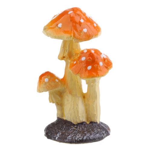 Home Garden Decorative Resin Mushroom Ornaments for Backyard Grassland Decor