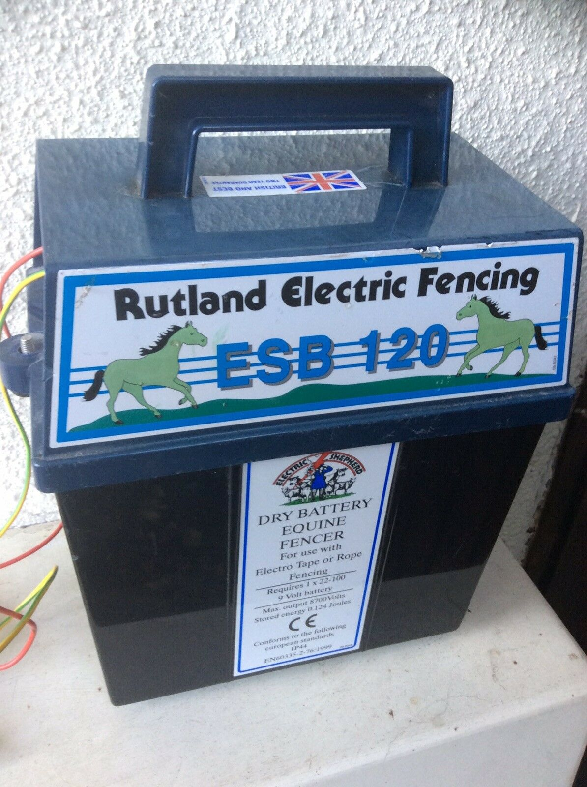 Rutland ESB120 Electric Fence Energiser. Dry battery type. perfect working order