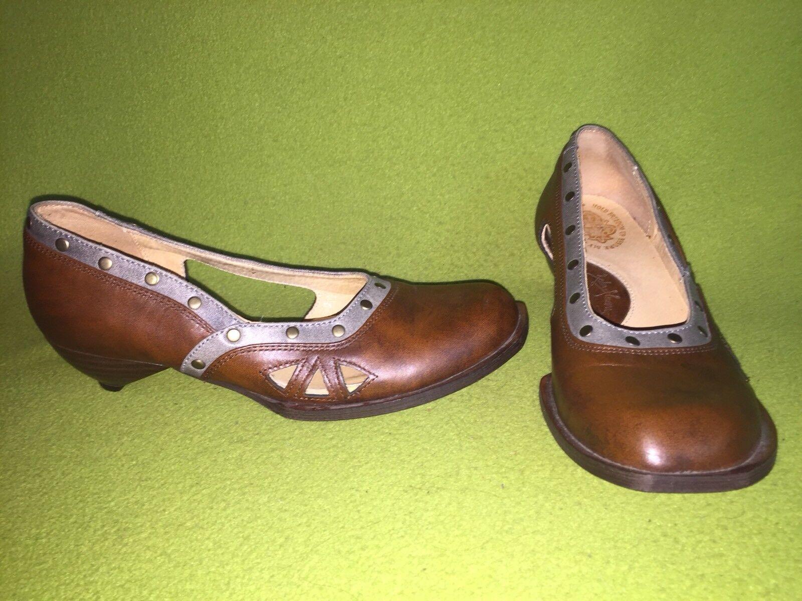 Brown & Grey Fluevog Freedom Kitten Heels 6.5