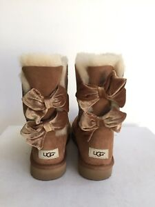 1e8be78c2a3 Details about UGG CLASSIC BAILEY BOW II VELVET RIBBON CHESTNUT BOOT US 10 /  EU 41 / UK 8.5