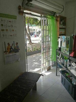 Local comercial a pie de calle, a una cuadra de Metrobús y Metro Xola