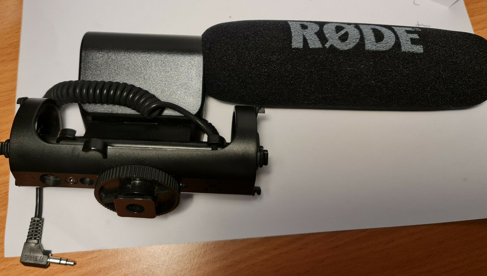 Rode video microphone with genuine rode windsock in excellent condition