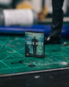 John-Wick-DVD-Case-Diorama-PROP-ONLY-Mezco-Marvel-Legends-NECA-1-12