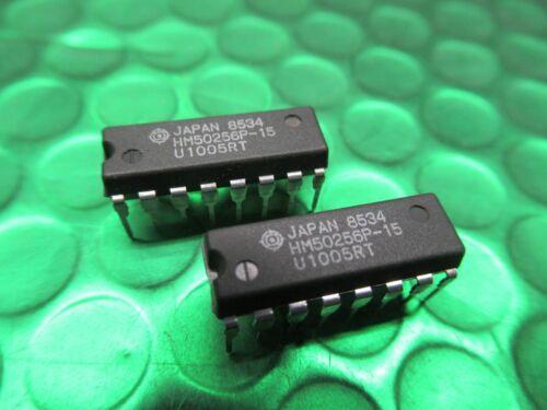 HM50256P-12 Hitachi DRAM 256kx1 DIP18 Pièces Neuves 2 x HM50256P-15
