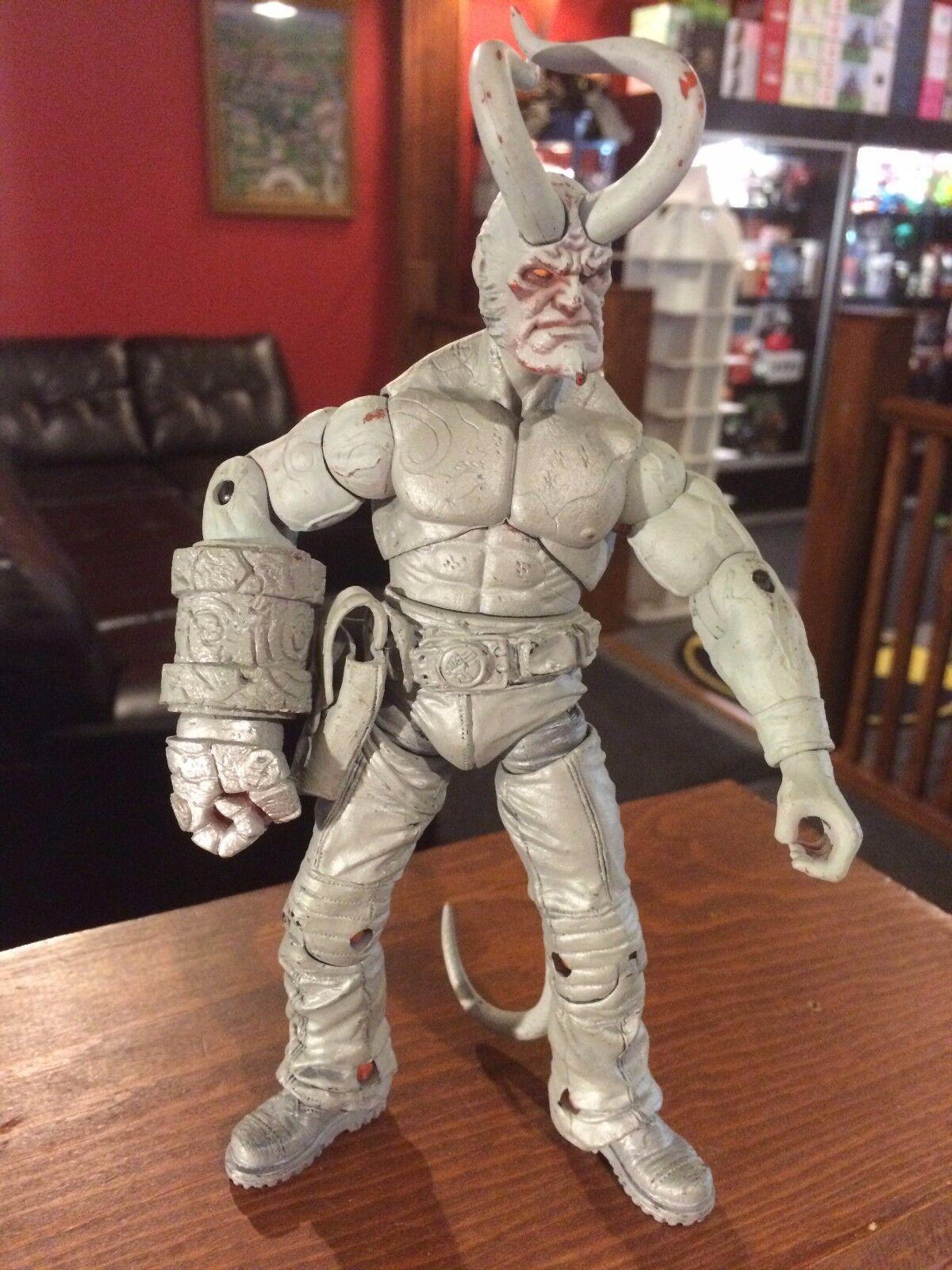 Prototype Test Shot Figure Hellboy 2004 ANUNG-UN-RAMA No Shirt & Horns  X168