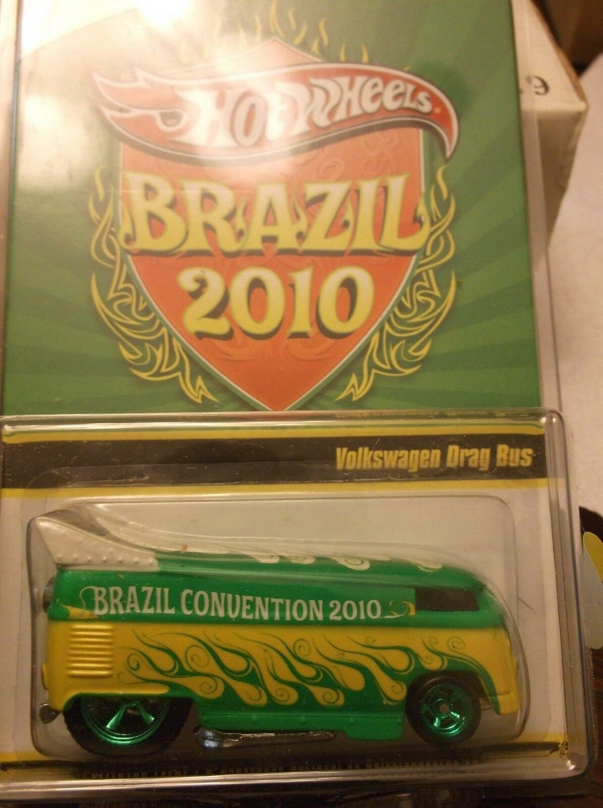 HOT WHEELS BRAZIL 2010 VOLKSWAGON DRAG BUS