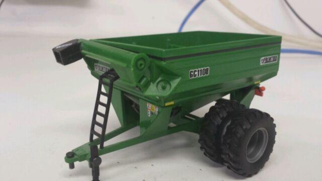 1/64 ERTL custom John deere Frontier gc1108 grain cart with Duals farm toy