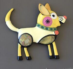Adorable-vintage-artistic-dog-large-brooch-in-yellow-enamel-on-metal